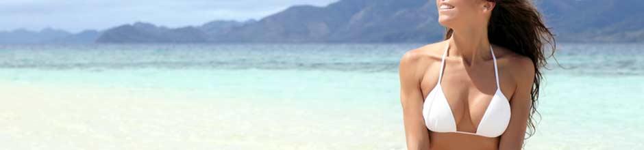bikini-breasts-on-beach